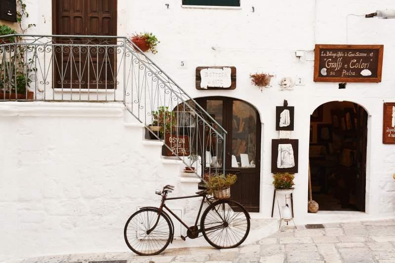 traditional Italian street
