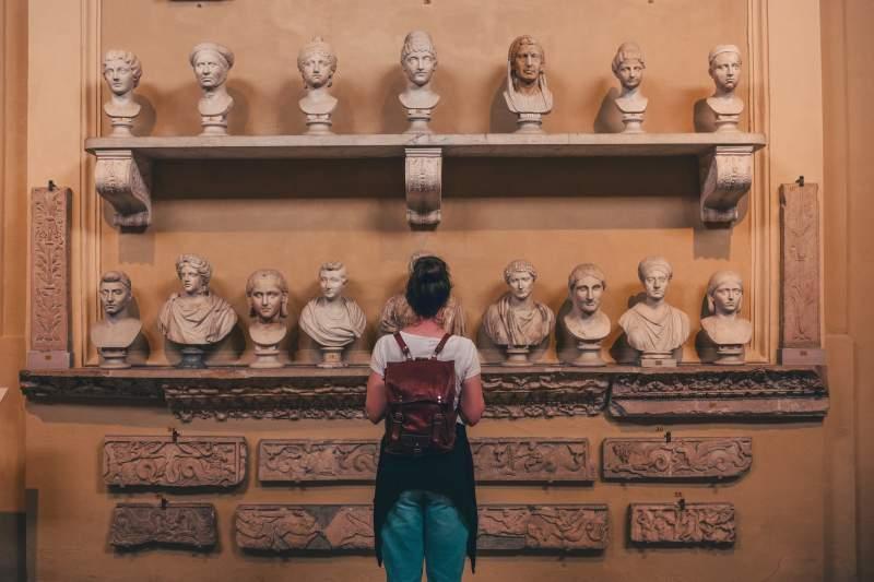 woman in Italian museum