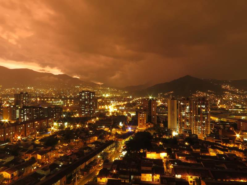 Medellín_night_Colombia_Colombian_slang